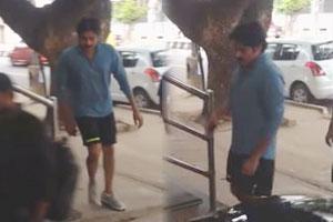 Pawan Kalyan hitting gym (Video)