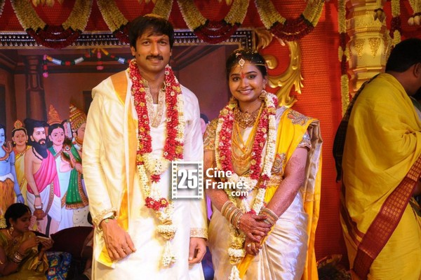 Gopichand and Reshma blessed with a baby boy