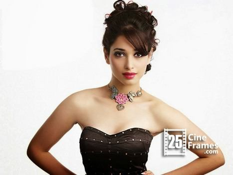 Tamanna Bhatia Comments on Mahesh,Prabhas and some of the Heroines