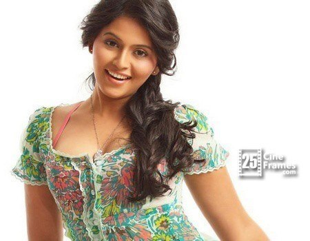 Anjali's shocking price for an item song