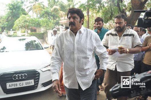 Balakrishna robbed by Robbers