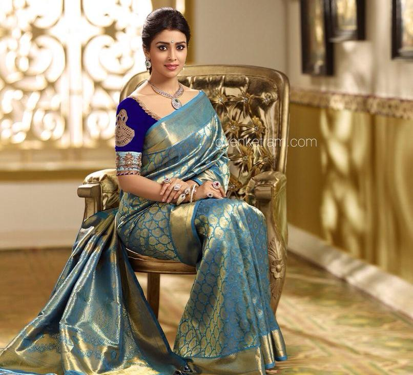Pic Talk Golden Beauty Shriya Saran is Back To Elegance