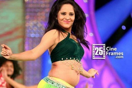 anchor anasuya is the biggest selling point 25cineframes