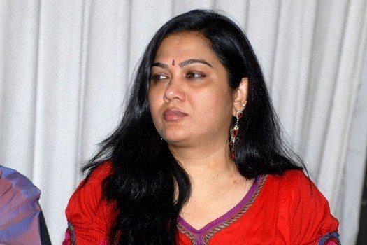 Hema wants to shift TFI Tollywood Industry to Andhra Pradesh