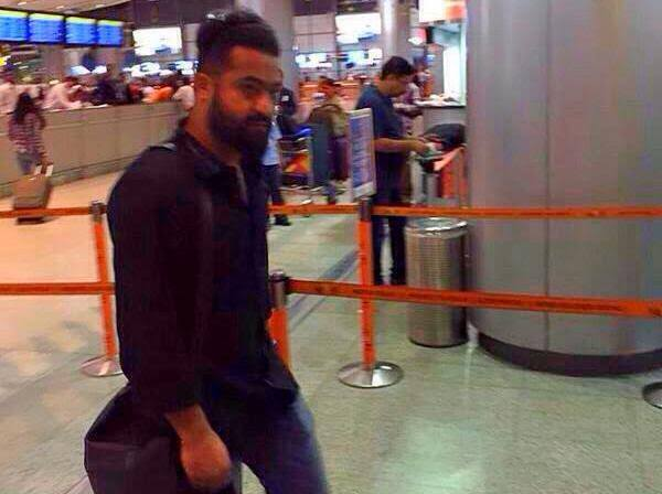 Spotted Jr NTR on the way to London For Dandayatra