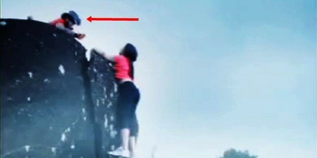 This GIRL Slipped From Hill. What Happens Next Is Unbelievable ROFL
