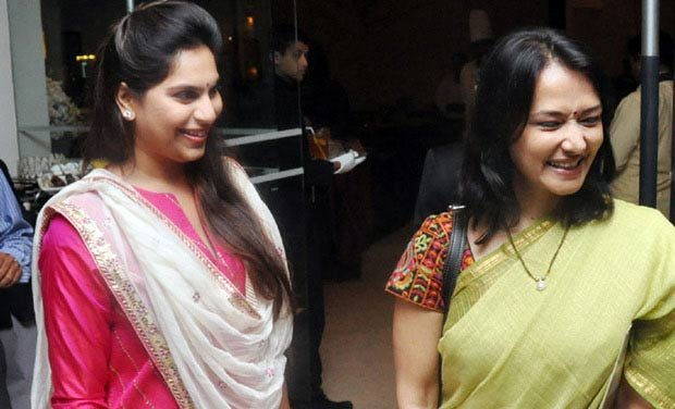 Akkineni Amala Rare Surprising Gift to Ram Charan Upasna