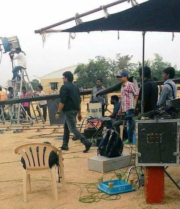 Pic Talk Megastar Chiranjeevi garu on Bruce Lee Movie Location