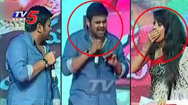 Actor Manchu Manoj Warning To Anasuya On Stage For Insulting Sri Vidyanikethan Students