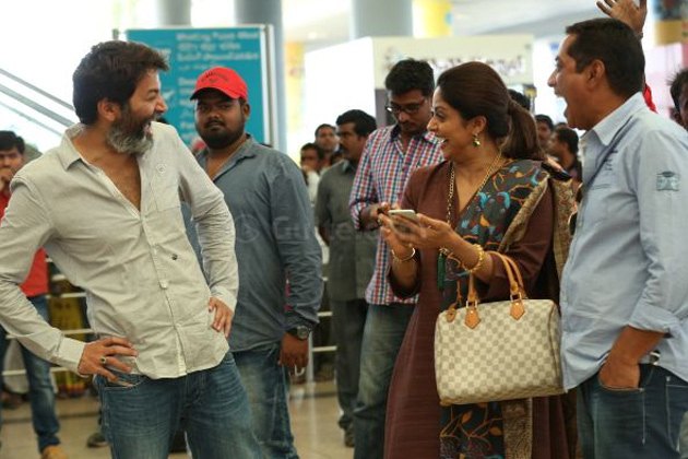 A..Aa Movie - Trivikram copied Story from 'Meena'