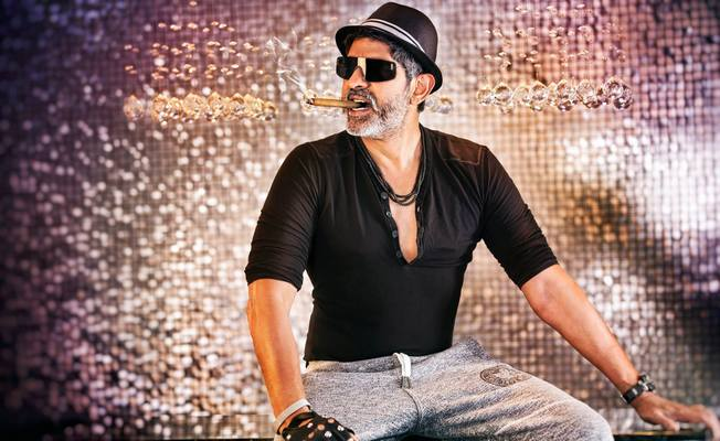 Jagapathi Babu Shares His Learnings From Stars