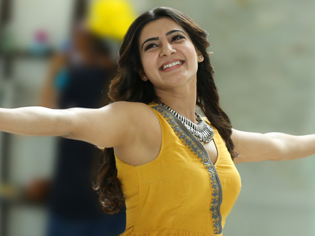 Samantha makes her fans happy with Tweet!